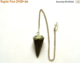 ON SALE 50% Labradorite Pendulum, Dowsing Pendulum, Chakra Pendulum, Chakra jewelry, Healing Necklace