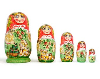 "6.5"" Set of 5 Girls with Cats Wooden Russian Nesting Dolls"