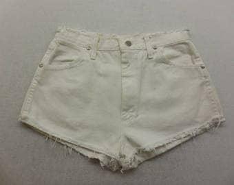 Womens White Wash Denim Distressed Cut Off  Jean Shorts Size 28 W