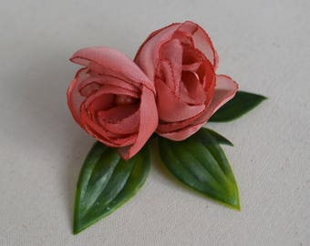 Pink flower hair clip, bridesmaid hair clip, pink hair flower, leaf hair clip, flower hair accessory, girls hair clip
