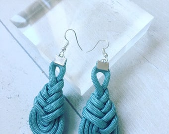 Paracord earrings