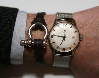 Navy shackle bracelet