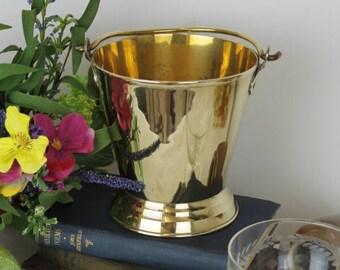 Vintage Brass Bucket/Brass Wine Cooler Bucket/Vintage Ice Bucket/Decorative Brass/(ref1961E)