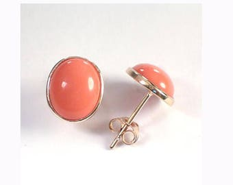 14k Gold Oval Coral Stud Earrings   E426