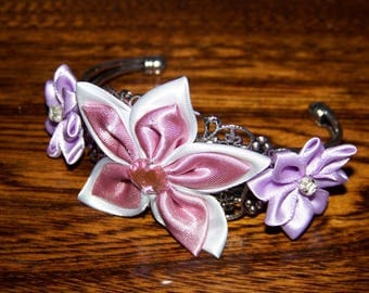 filigree silver Bangle with satin flowers