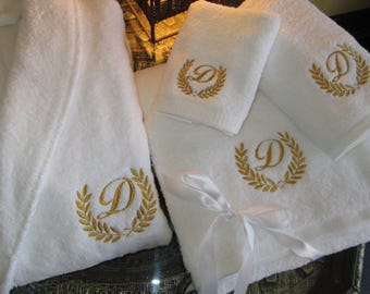 5* Wedding White Set - Bathrobe, Bath Towels with Gold Thread Personalized