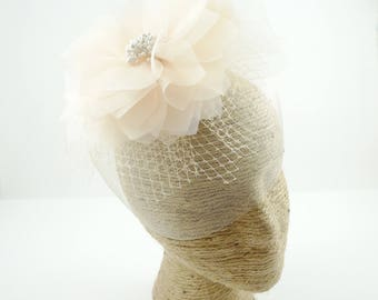 Bridal Hairpiece, Bridal Fascinator, Bridal Hair Clip, Wedding Hair Pin, Flower Wedding Headpiece, Bridal Hair Accessory with French Netting