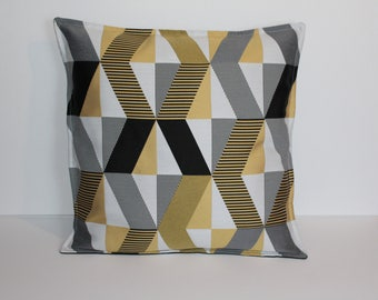 Pillow cover cubic geometric black and gold quality weaving 40/40