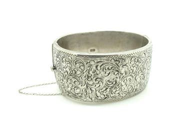 Vintage 1960s Bangle | Sterling Silver Bangle | Wide Bangle | Vintage Bracelet | Stacking Bracelet | 1960s Bracelet | Ornate Bangle