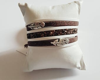 White and brown feathers leather Cuff Bracelet