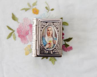 Book Shaped Two-Tone Silver & Gold Metal Rosary Case / Box with Picture of the Immaculate Heart of Mary on Lid