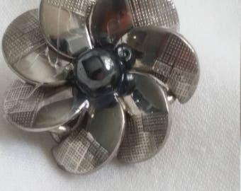 Brushed Nickel Pin
