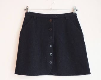 Vintage wool button armani skirt S 36