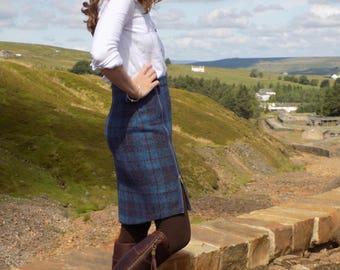 Harris Tweed skirt with functional side front zip split