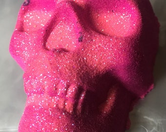 Glitter skull bath bomb... gothic XL bath bomb with shea butter and kaolin clay.. 9 oz Halloween bath bomb  gift for her
