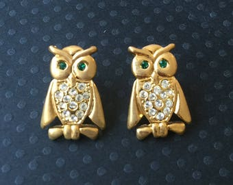 Adorable  Vintage Owl Earrings .
