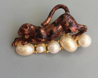 Vintage Figural Tiger Pin/Brooch