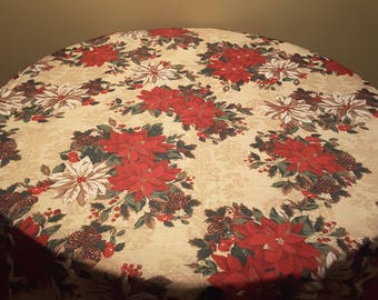 Vintage Rectangular  Town and Country Living 64 by 48 inch Pointsettia Holiday Festive Christmas Table Cloth