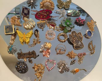 Lot of 30-plus Vintage to Newer Brooches or Pins