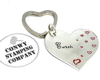 Cwtch Cuddle Welsh Keyring Valentines St Dwynwens Day