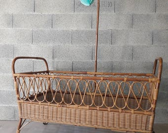 Baby bed rattan honey from the 70's