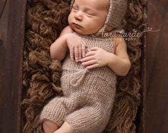 ON SALE! Newborn bear hat, Knit hat, Newborn, Animal hat, RTS, Knitting, Handmade, Photography props