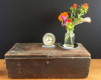 """Antique wood box from 200-year-old barn, Americana, primitive, cottage decor, farmhouse decor, movie prop for period drama, """"Turn"""""""