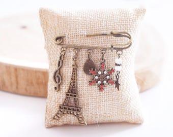 """Vintage """"Paris winter"""" brooch"""