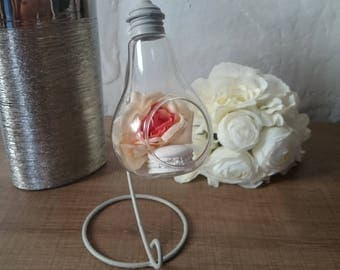 Attractive soliflore vase to put light bulb