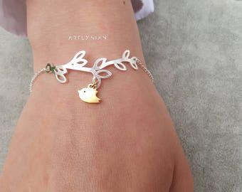 Branch bracelet bird, bird charm bracelet, lariat bracelet, bird branch bracelet, bird branch jewelry, family bird bracelet, love birds gift