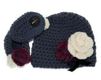 Roses Hat & Bootie set for newborns