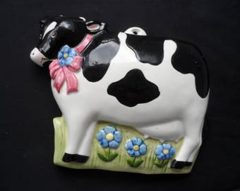 Ceramic Holstein Cow Mold Wall Hanging, Kitchen Decor, Collectible   1419