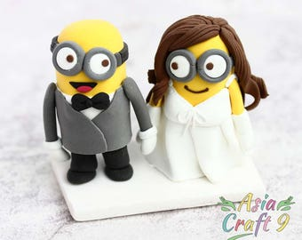Minion wedding cake topper clay doll, engagement clay miniature, bridal shower clay figurine, clay ring holder, Bride & groom topper