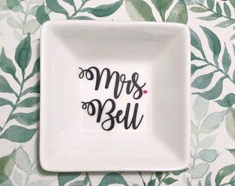 Personalized Mrs. Ring Dish | Trinket Dish | Custom Ring Dish | Engagement Ring Dish | Ring Dish | Ring Holder | Bridal Gift