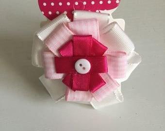 Pink & white  circular hair bow