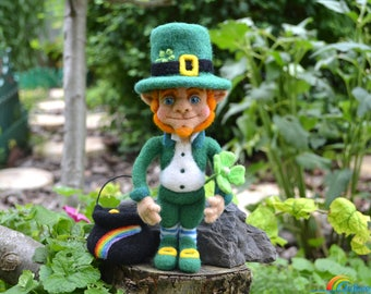 Needle felted Leprechaun, Collectible doll, Needle felt, Needle felted doll, Leprechaun doll, Home decor, Leprechaun figurine, Dwarf, Wool