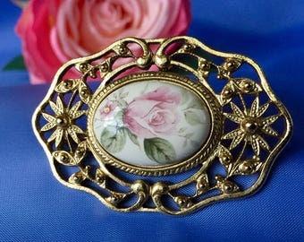 ON SALE Vintage Gold Tone and Ceramic Brooch with Painted Flower, Ceramic Floral Brooch, Vintage Brooch with Flower on Ceramic, Flower Pin