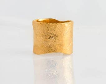 Yellow Gold Textured Extra Wide Ring in Semi-Polished Finish, Wide Gold Band, Statement Ring, Cigar Band Ring, Yellow Gold Ring 14MM