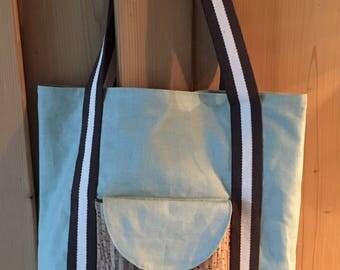 Shopping bag of shopper shoulder bag