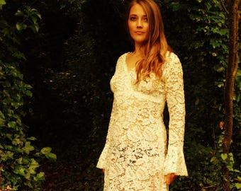 Corded lace 1970s wedding dress