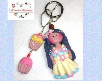 Keychain doll, cold porcelain chain, clay chain, doll chain, keyring doll cold porcelain, porcelaine froide.