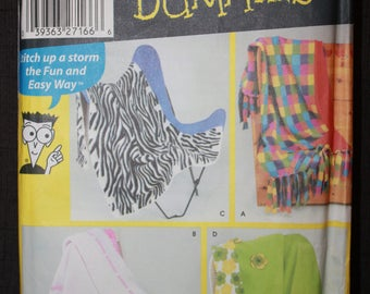 Simplicity 5335   Sewing for Dummies Fleece Blankets