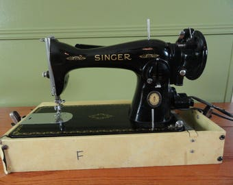 Vintage 1950s Singer Sewing Machine with Case - Working Pedal and Light