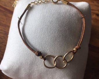 Lucky Bracelet Gold chain Light Brown