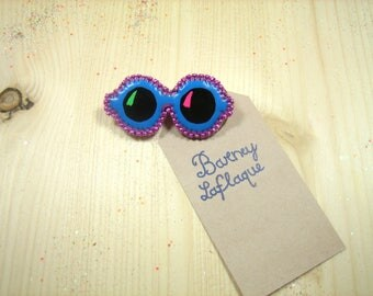 brooch small sunglasses leatherette