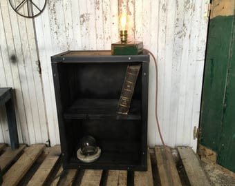 Small extra piece of furniture industrial 5thdeco
