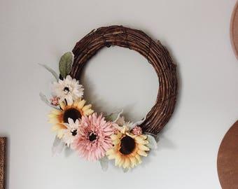 O N E  O F  A  K I N D - Daisy & Sunflower Wreath
