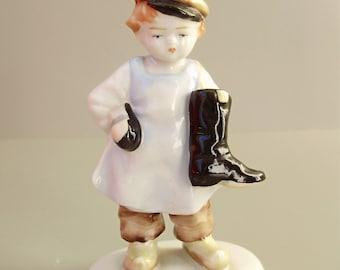 Vintage, Metzler & Ortloff porcelain child figurine,little boy,shoemaker