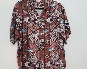 80s Men's Hawaiian Shirt. Brown Tiki Print with Fish. Rayon. Aloha Shirt. Size Small.