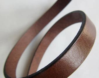 Solde -5% Leather flat 10mm x 20cm CHOCOLATE - country of origin: Spain